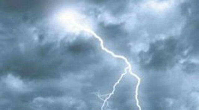 Lightning In Rainy Season Is Dangerous Take Care Of This Things