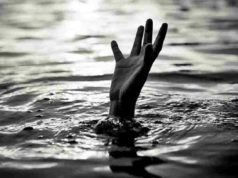 Ahmednagar News Today Baap Leka dies while rescuing a drowning child