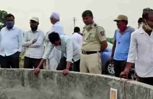 Suicide Akole taluka as a headless body was found in a well News