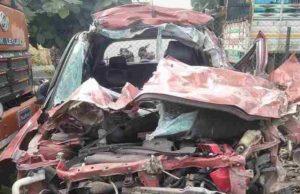 car hit a truck on Nandur Shingote Shivara on Nashik-Pune highway